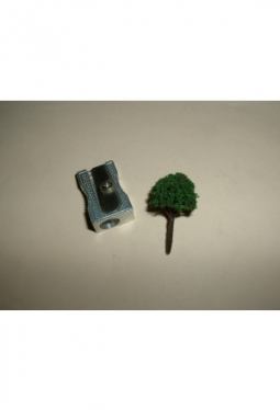 Trees, deciduous trees dark green, spherical 25mm tree9